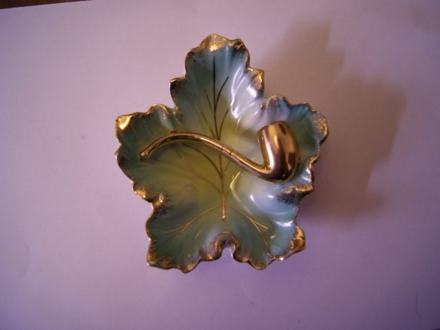 Martinroda ashtray blue and gold with pipe