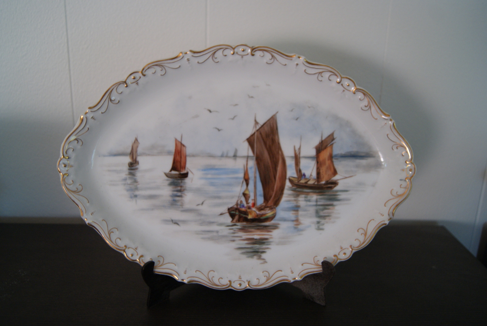 Niedersaltzbrunn dish with relief and with hand painted landscape with boats