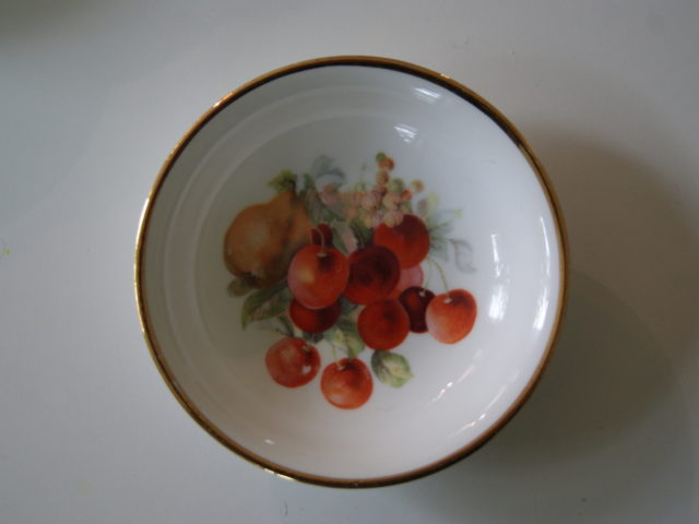 Porsgrund dessert bowl with fruits – pears, and cherries