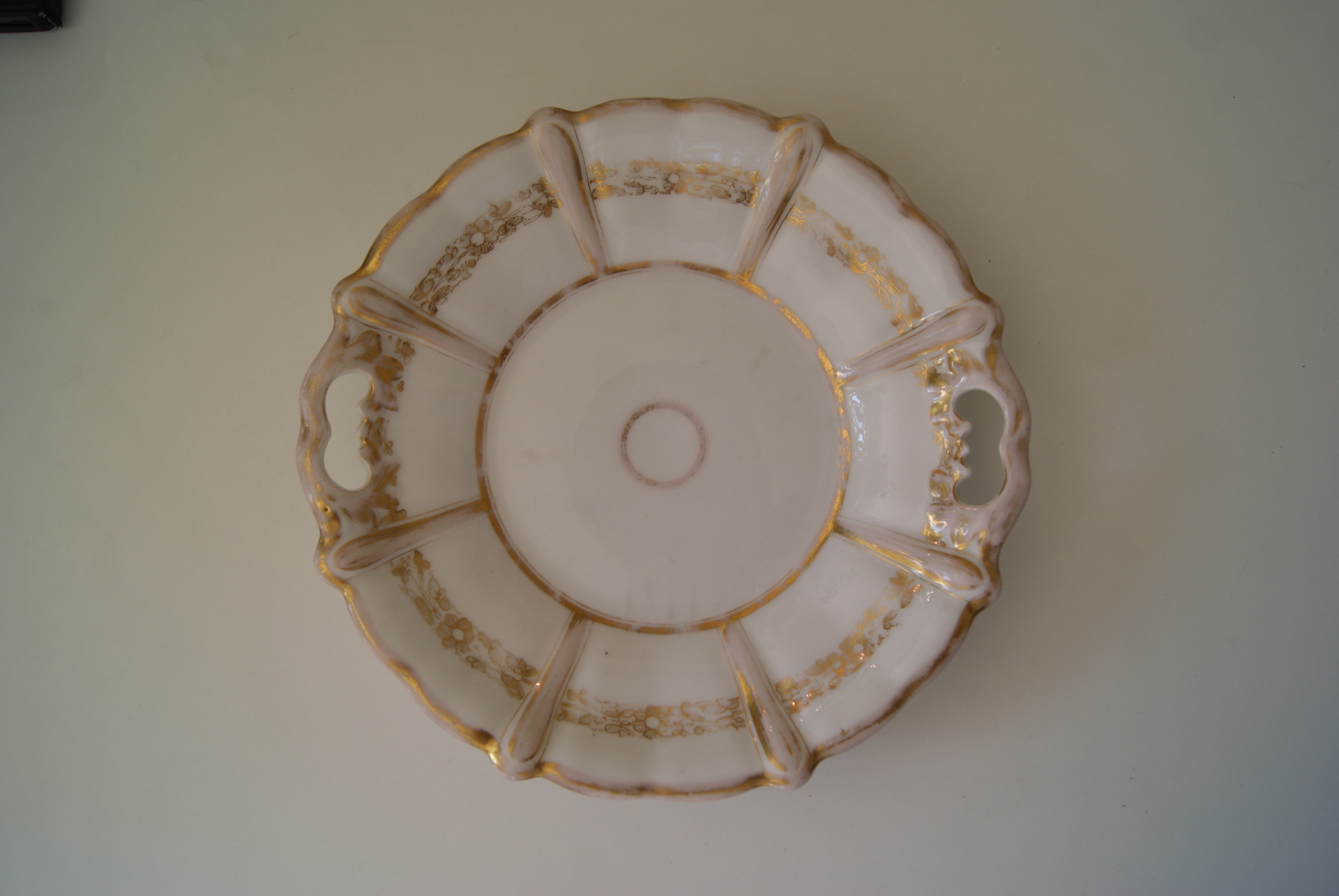 Waldenburg - Altwasser dish with golden decor
