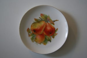 Waldenburg - Altwasser plate with pears 1929