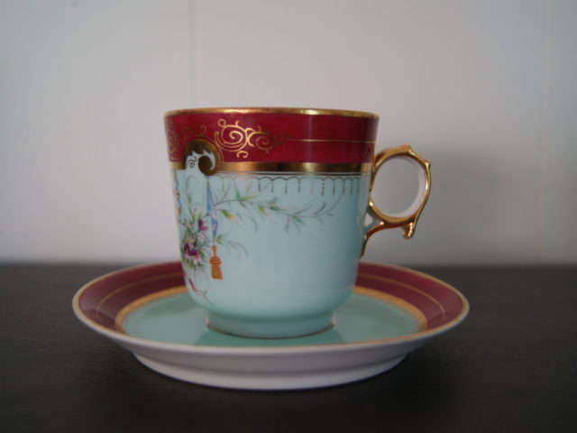 Waldenburg – Altwasser tea cup with saucer with Beautiful handpainted decor