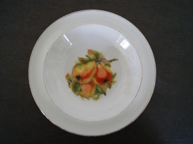 Waldenburg – Altwasser bowl with pears 1928