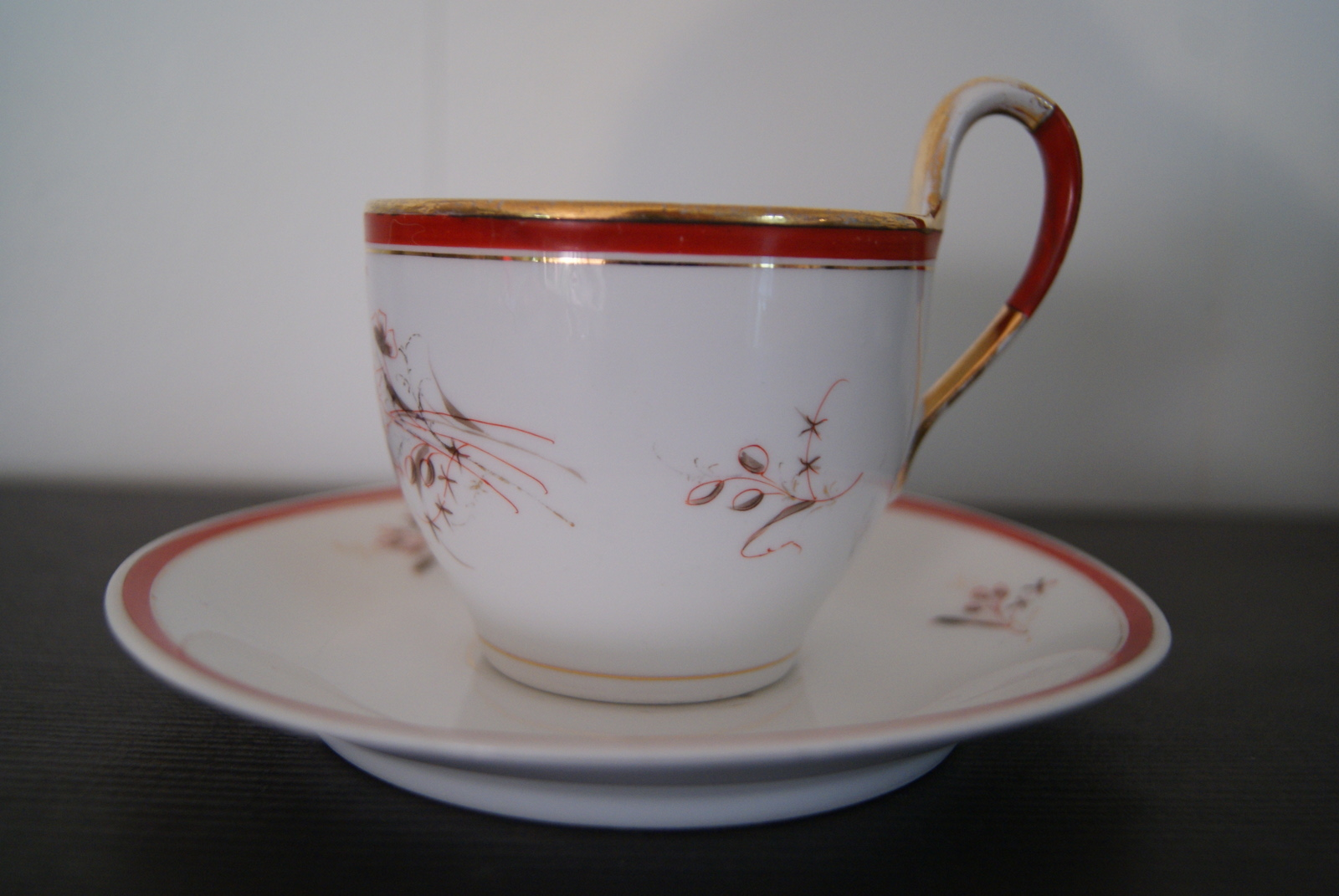 Waldenburg - Altwasser coffee cup with saucer with flowers and leaves