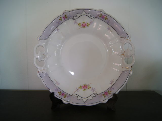 Waldenburg – Altwasser dish (plate) with flowers and blue band