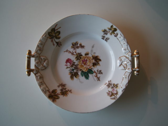 Waldenburg – Altwasser dish with bouquet yellow red flowers roses leaves and relief