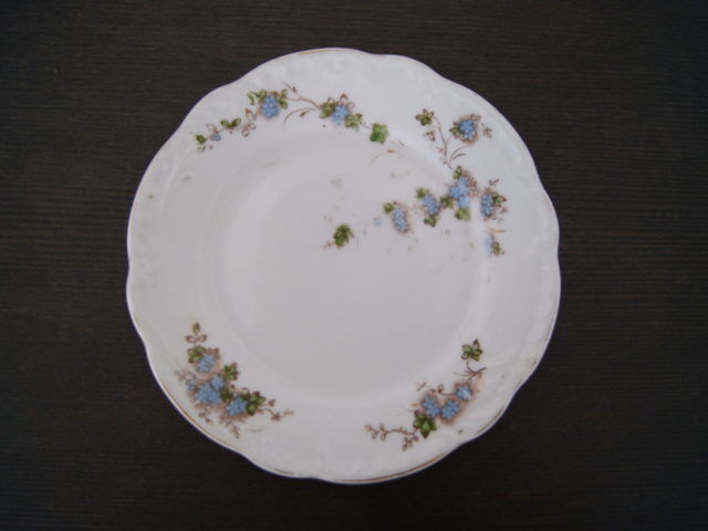 "Porsgrund plate model ""rococo"" with blue flowers, leaves and relief"