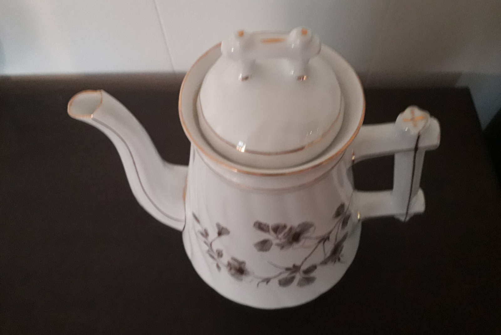 Porsgrund tea pot with gray and golden flowers and leaves