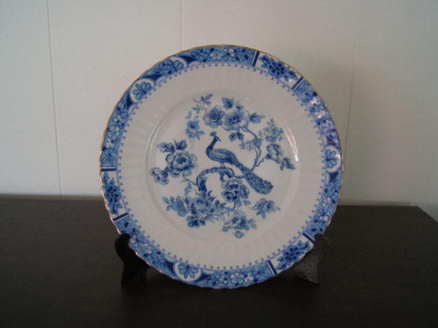 Sorau plate with blue decor with peacock and flowers